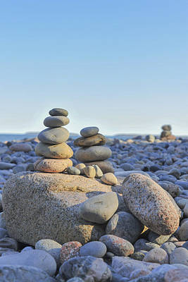 Maine Beach Photograph - Rock Piles Zen Stones Little Hunters Beach Maine by Terry DeLuco