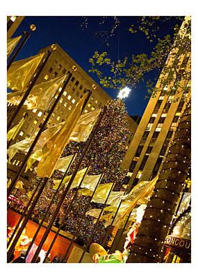 Photograph - Rockefeller Center Christmas Card by Nancy De Flon