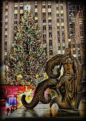 Photograph - Rockefeller Maiden Statue by Lee Dos Santos