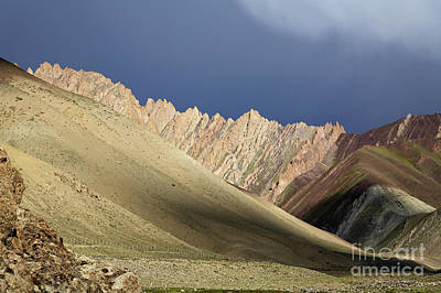 Rocky Ridge In Ladakh Art Print by Robert Preston