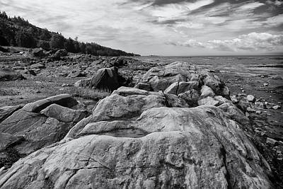 Photograph - Rocky Shoreline by Robert Knight