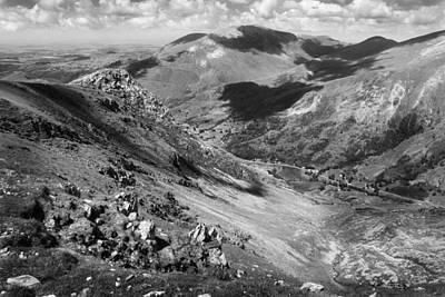Photograph - Rocky Snowdon by Ed Pettitt