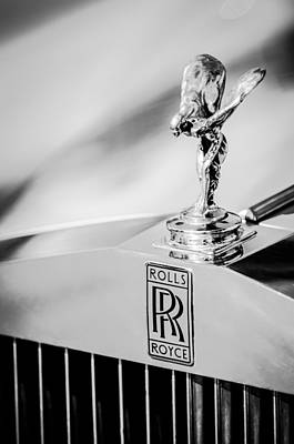 Logo Photograph - Rolls-royce Hood Ornament -782bw by Jill Reger