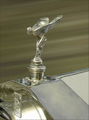 Photograph - Rolls Royce Spirit Of Ecstasy Hood Ornament In Gold  by Ginger Wakem
