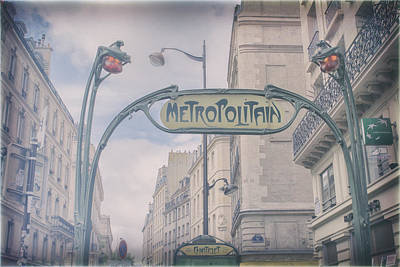 Metro Art Photograph - Romantic Memories Of Paris by Georgia Fowler