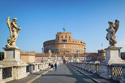 Castel Santangelo Wall Art - Photograph - Rome, Italy. Looking Across Ponte by Panoramic Images