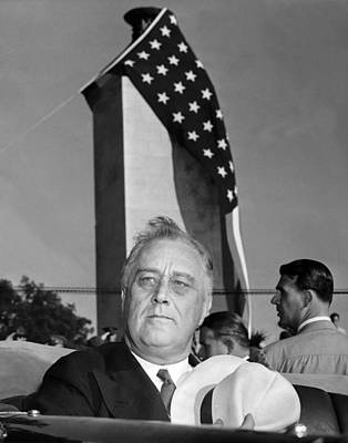 Star Spangled Banner Photograph - Roosevelt At Gettysburg by Underwood Archives