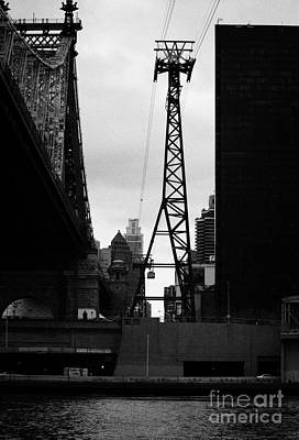 Roosevelt Island Aerial Tram Cable Car And Queensboro Bridge New York City Art Print by Joe Fox