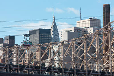 Aerial Tramway Photograph - Roosevelt Island Tram And Manhattan Skyline I by Clarence Holmes