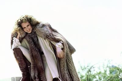 Photograph - Rosie Vela Wearing A Fox Coat by Arthur Elgort