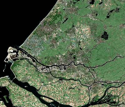 Rotterdam Photograph - Rotterdam by Mda Information Systems/science Photo Library