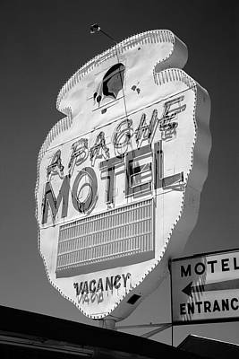 Route 66 -apache Motel Art Print by Frank Romeo