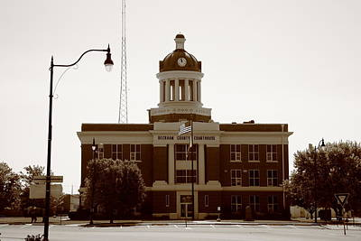 Beckham Photograph - Route 66 - Beckham County Courthouse by Frank Romeo