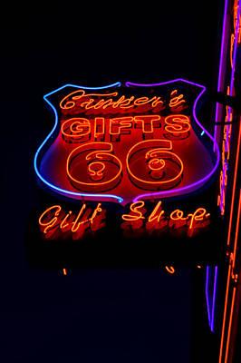 Photograph - Route 66 Gift Shop by Deb Buchanan