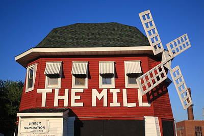 Photograph - Route 66 - The Mill Restaurant by Frank Romeo