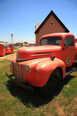 Photograph - Route 66 Truck And Gas Station by Frank Romeo