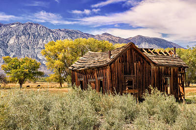 Ranch Life Photograph - Rovana Homestead by Kathleen Bishop