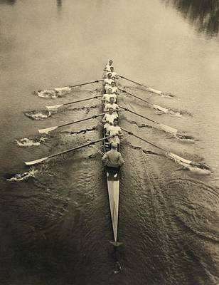 Oars Photograph - Rowing Crew, Early 20th Century by Science Photo Library