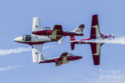 Waukegan Photograph - Royal Canadian Air Force Ct-114 Tutor by Rob Edgcumbe
