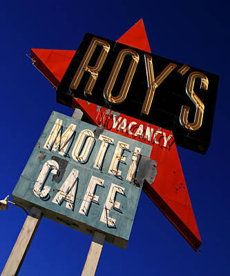 Photograph - Roy's Motel And Cafe At Amboy by Daniel Woodrum
