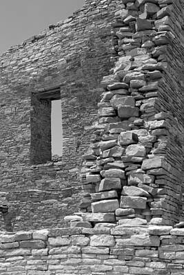 Sw New Mexico Photograph - Rugged Rock Wall Bw by Elizabeth Sullivan
