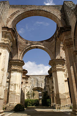 Photograph - Ruined Cathedral Antigua Guatemala by John  Mitchell