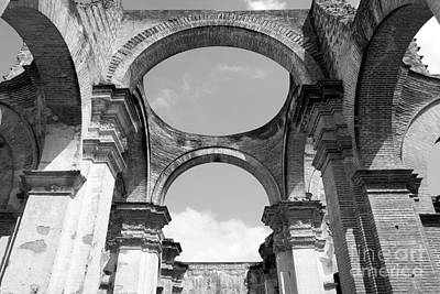 Photograph - Ruined Cathedral Arches Antigua Guatemala by John  Mitchell