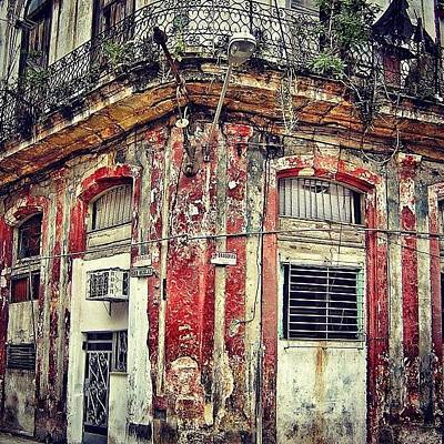 Iger Photograph - Ruins - Havana once Upon A Time by Joel Lopez