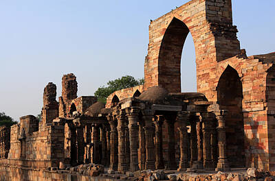 Photograph - Ruins At Qutab Minar - India by Aidan Moran