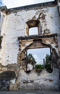 Photograph - Ruins In Antigua Guatemala by Shelby  Young