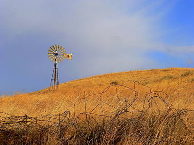 Photograph - Rural America Windmill by Jeff Lowe