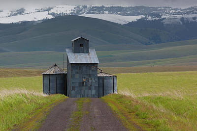 Architectural Art Photograph - Rural Landscape, Oregon, Usa by Art Wolfe