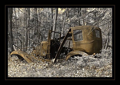 Photograph - Rust In Peace by John Stephens