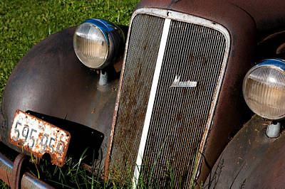 General Motors Automobiles Photograph - Rusted Master by Cale Best