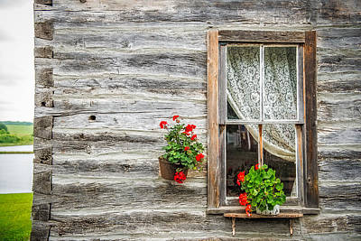 Log Cabin Art Photograph - Rustic Window by Paul Freidlund