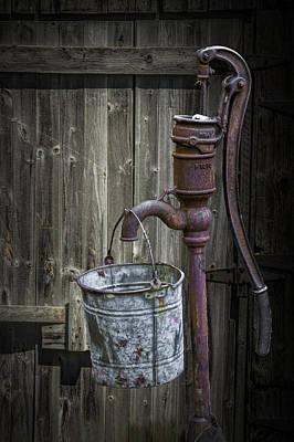 Rusty Hand Water Pump Art Print