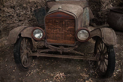 Photograph - Rusty Ol' Ford IIi by Kathleen Scanlan