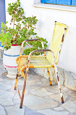Outdoor Still Life Photograph - Rusty Seat by Tom Gowanlock