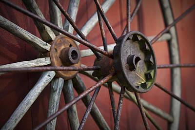 Wagon Wheel Hub Wall Art - Photograph - Rusty Spokes by Eric Gendron