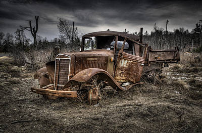 Photograph - Rusty Truck by Fred LeBlanc