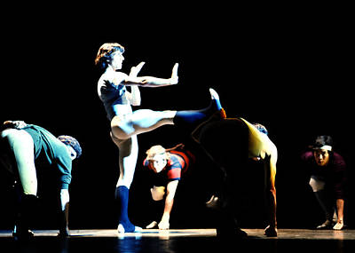 Photograph - Rwb Dancers In Rehearsal by Robert  Rodvik