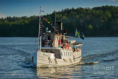 Steamboat Photograph - S/s Ejdern II by Torbjorn Swenelius