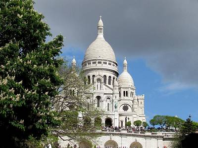 Photograph - Sacre Coeur And Chestnut Blossoms by Keith Stokes