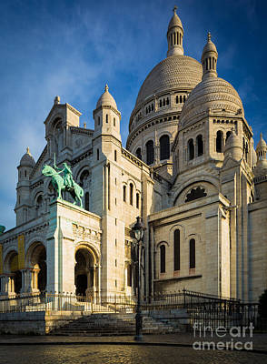 Sacre Coeur Photograph - Sacre Coeur At Dawn by Inge Johnsson