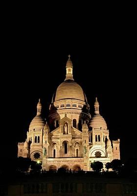 Sacre Coeur Photograph - Sacre-coeur by Babak Tafreshi