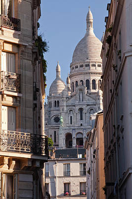 Balcony Photograph - Sacre Coeur In The Montmartre District by Julian Elliott Photography