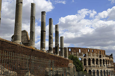 Photograph - Sacred Way To The Colosseum by Brenda Kean