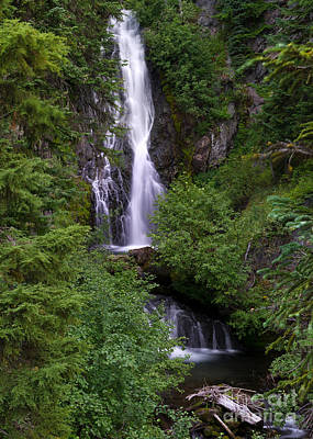 Sahale Falls In Oregon Art Print by Jackie Follett