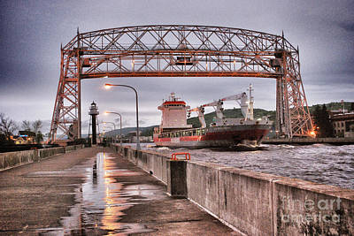 Photograph - Sailing Through The Duluth Aerial Lift Bridge by Mark David Zahn Photography
