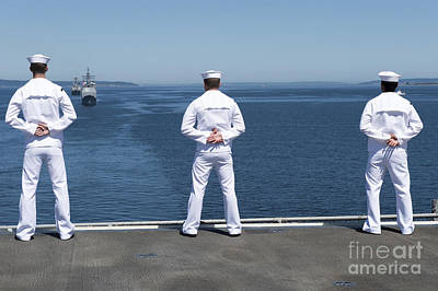 Sailors Man The Rails Aboard Uss Essex Art Print